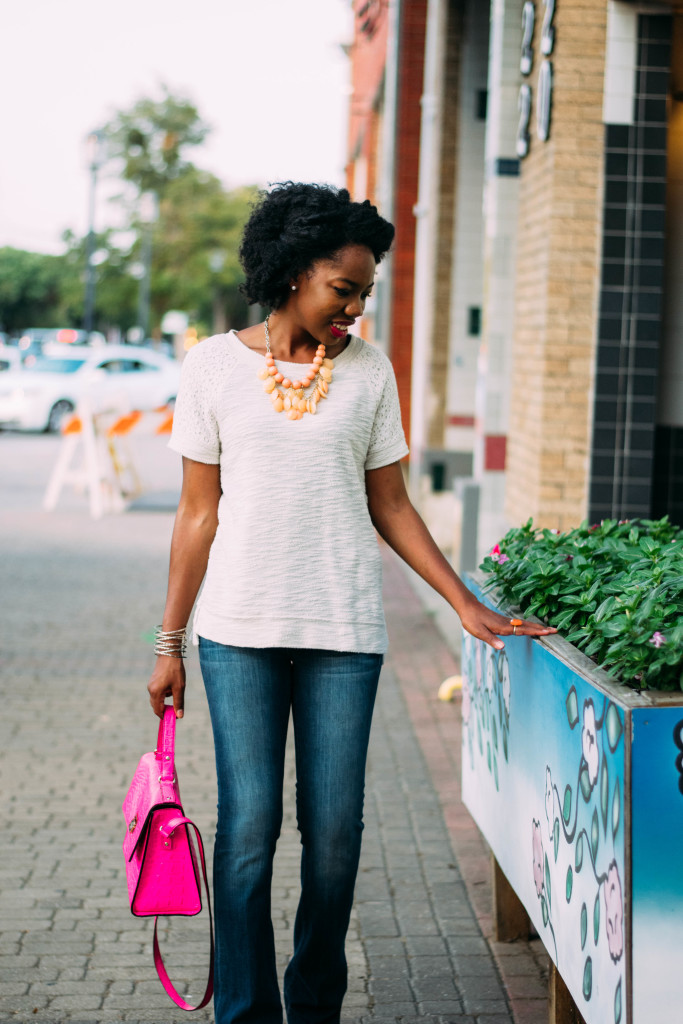 fall outfit, flare jeans, flares, jeans, pop of color, outfit inspiration